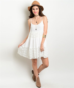 OFF WHITE DRESS WITH LACE DETAIL