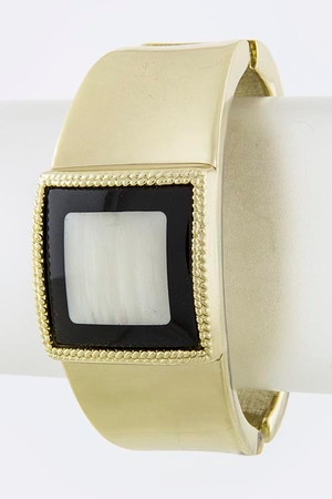 SQUARE JEWEL ACCENT BRACELET