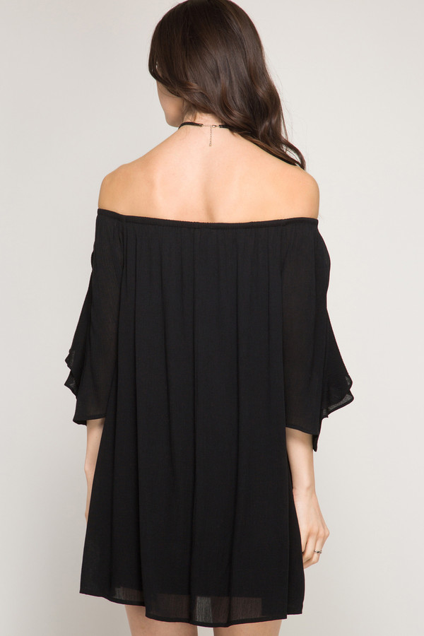 3/4 SLEEVE SHIFT DRESS WITH RUFFLED LAYERS