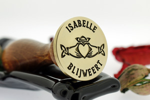claddagh-3-wax-seal-design-300.jpg