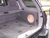 2002 to 2009 CHEVROLET TRAILBLAZER / GMC ENVOY SINGLE SUB BOX FOR SIDE CARGO