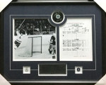 Darryl Sittler Toronto Maple Leafs 10 Point Night Signed Puck Framed