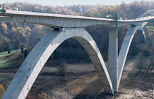 Photo of a bridge.