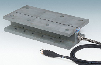 Custom-designed Model 4900X Load Cell, fitted with a length of multi-conductor cable equipped with an underwater connector that can be plugged-in, or unplugged, by a diver after installation.