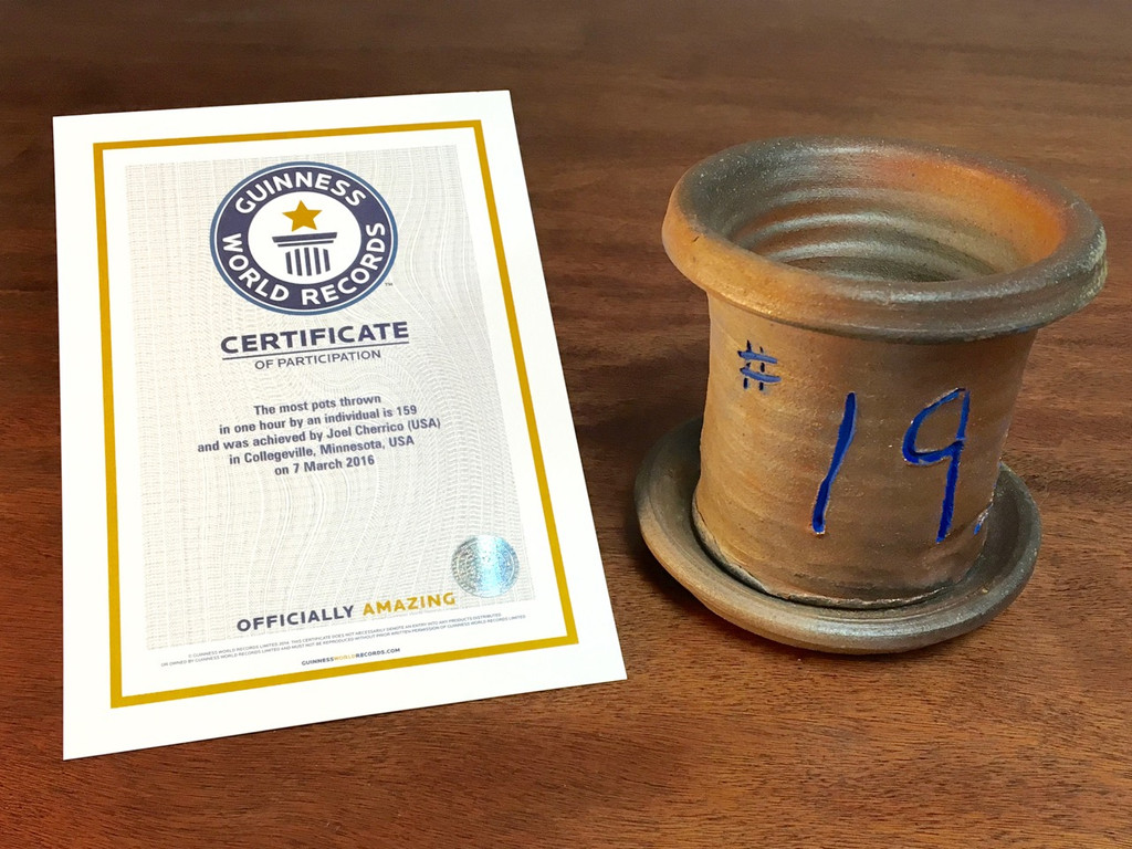 World Record Planter #19/159 and Certificate of Authenticity