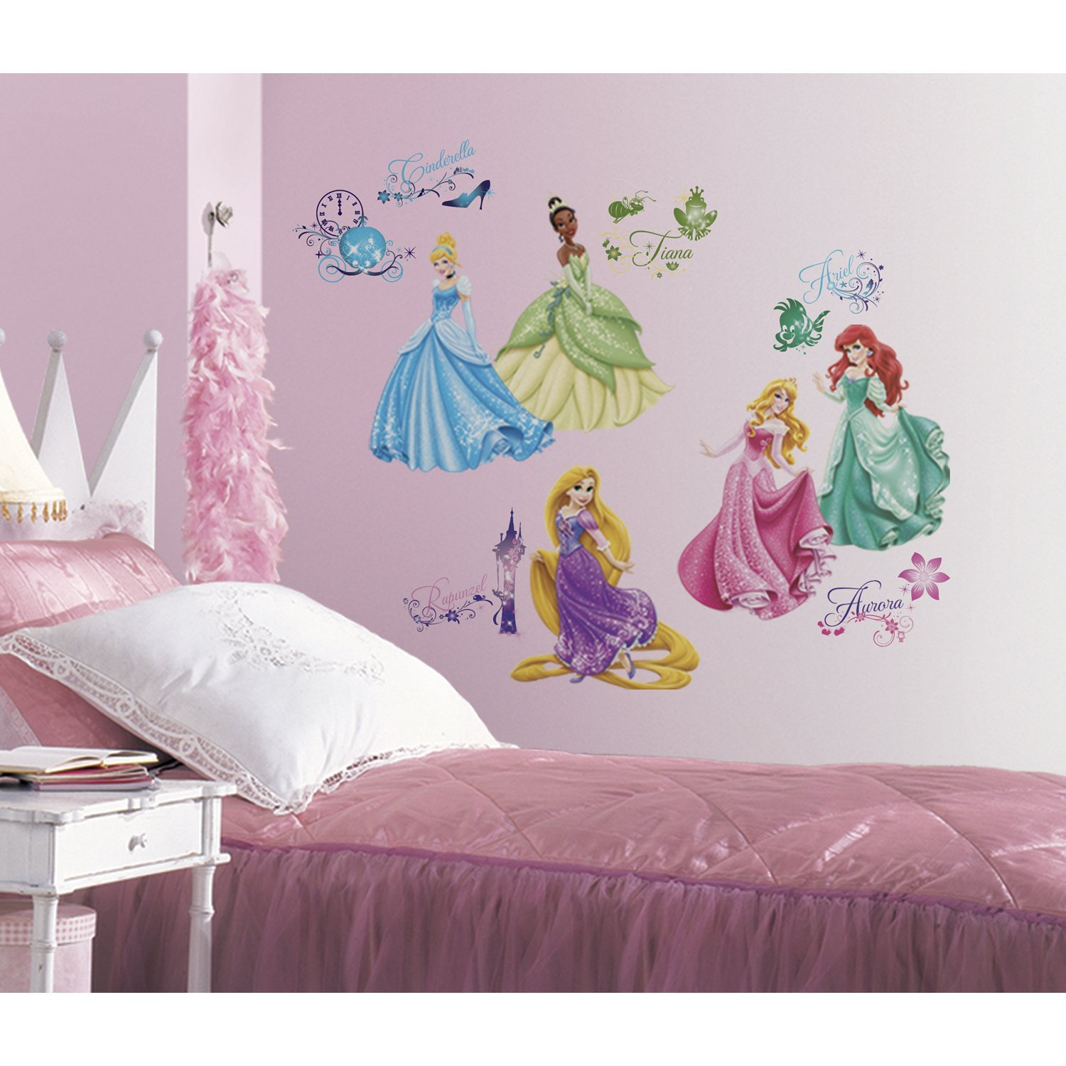Disney princess royal debut peel and stick wall decals for Stickers para dormitorios
