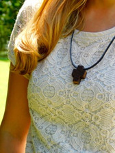 PLAIN WOODEN CROSS NECKLACE WITH NO BEADS