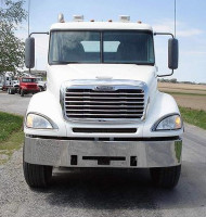 "Freightliner Chrome 14"" Bumper without fog light holes"