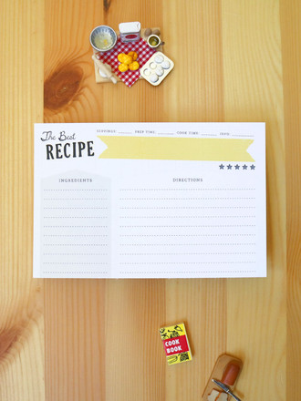 Cool and modern double-sided recipe cards. Great gift idea and eco-friendly too!