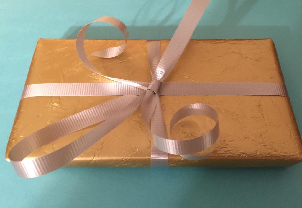 giftwrap2014.jpg