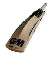 A big bat made in England from Prime English Willow with massive contoured edges at drive zone.