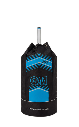 Bag Colour: Black/Blue Bag Type: Duffle