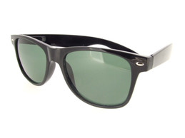 Wayfarer Sunglasses Black Frame - Glass Gray Lenses