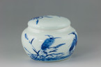 """Crane Playing on the Pond"" Painting Porcelain Tea Canister for Matcha / loose leaves - 50g  capacity"