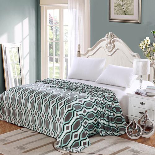Lauren Geometric Micro Fleece Jacquard Blanket, Soft and Cozy Throw Blanket - Grey