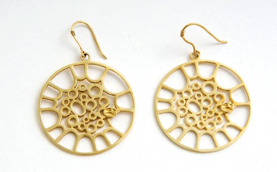 Classic Tenor Hoop Earrings - Gold