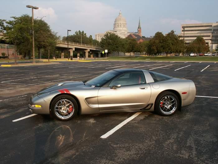2000-corvette-resize-3.jpg