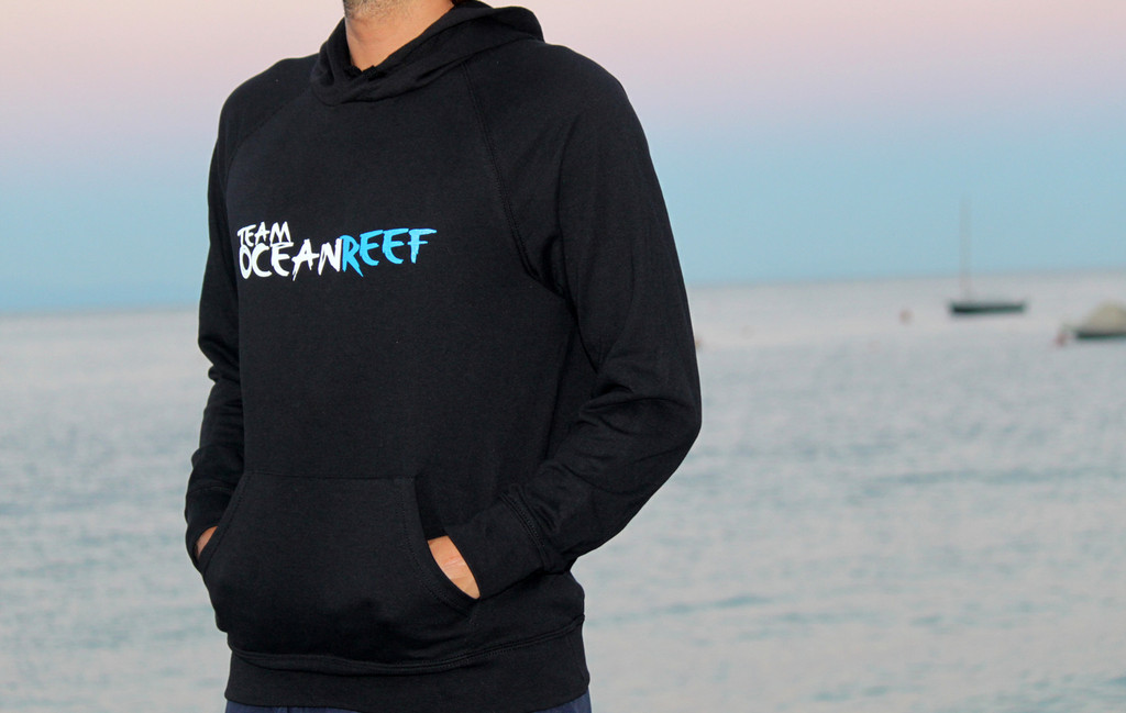 MEN'S BLACK TEAM OCEANREEF SWEATER