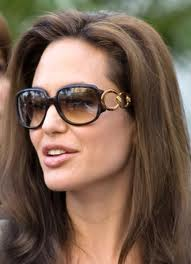 angelina-jolie-oval-face-sunglasses.jpg