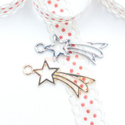 Shooting Star Open Bezel Charm - 5 pieces