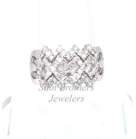 11002057 18K White Gold Diamond Fancy Ring