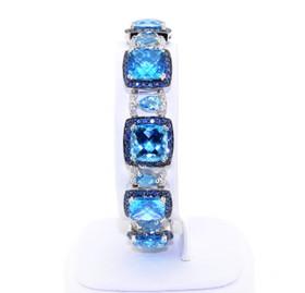 Beautiful 18k white gold blue topaz, sapphire and diamond  bracelet