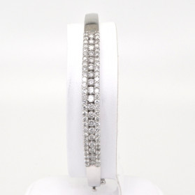 21000224 14K White Gold Diamond Bangle