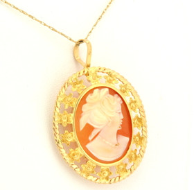 14K Yellow Gold Oval Cameo Antique Border Charm/Pin 52001471