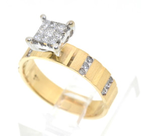 14KYellow Gold Invisible Set Princess Diamond Engagement Ring