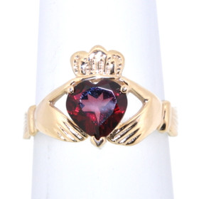 14K Yellow Gold Garnet Claddagh Ring 12002248