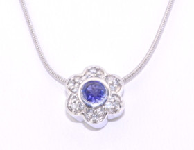 14k White Gold and Purple Tanzanite Flower Necklace 32000283