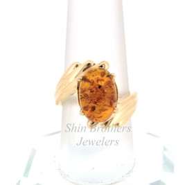 14K Yellow Gold Oval Shape Amber Ring 12002412