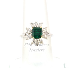 Platinum Emerald/Diamond Ring 12002404