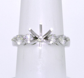 14K White Gold 0.56 ct Diamond Engagement Ring Setting