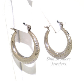 14k White Gold Diamond Cut Hoop Earrings