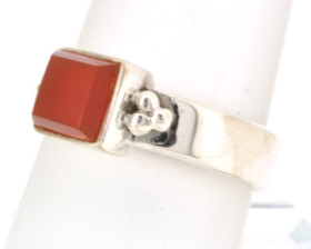 Sterling Silver Red Agate Ring 81010338