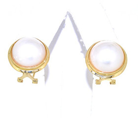 14K Yellow Gold Mabe Pearl Omega Back Earrings42002605