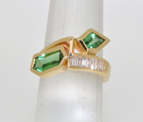 12000648 14K Yellow Gold Peridot Diamond Ring