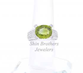 14K White Gold Peridot/Diamond Ring
