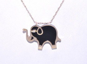 14 Yellow Gold Onxy Elephant Charm