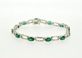 22000531 14K White Gold Diamond/Emerald Bracelet