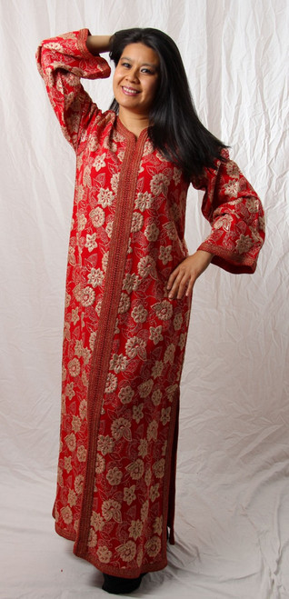 Vintage Caftan in Red and Gold
