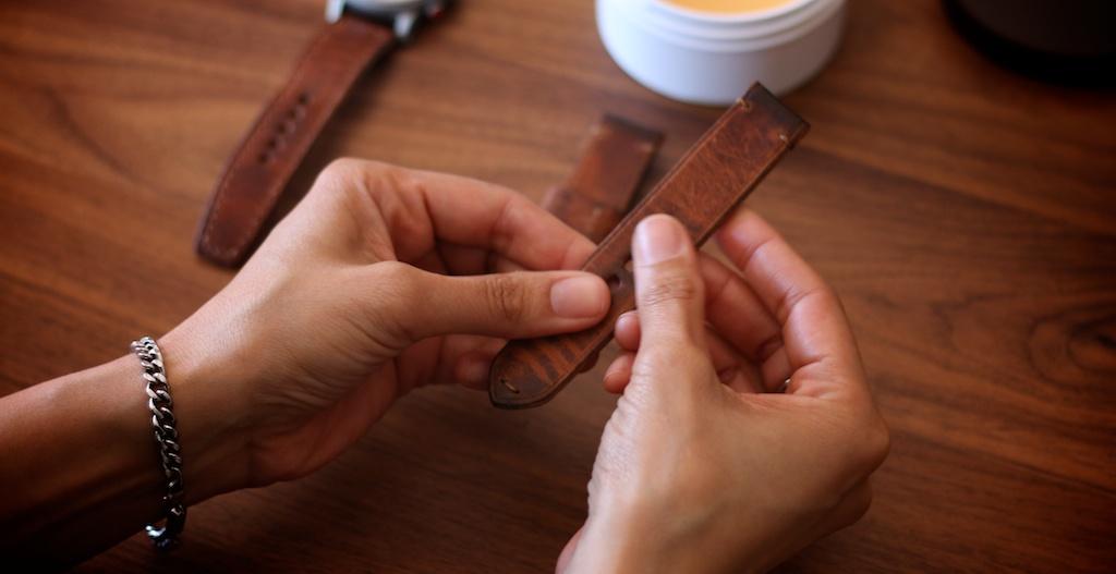 bas-and-lokes-handmade-leather-watch-straps.jpg