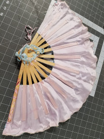 FAN SINGLE MED SHORTY    INSTOCK  READY2SHIP:  single RIGHT  MEDIUM SHORTY  FAN!  22x14inches  in PETAL PINK &  POWDER BLUE