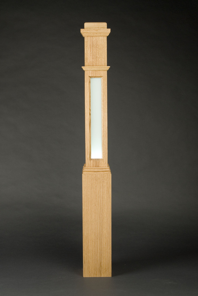 Lighted box newel