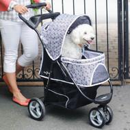Black Onyx Promenade™ Stroller