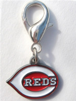 MLB™ Licensed Cincinnatti Reds Logo Collar Charm