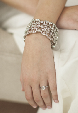 4050-bracelet-for-bracelet-category-pic-2.png
