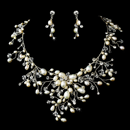 Dramatic freshwater pearl and crystal wedding jewelry set junglespirit Gallery