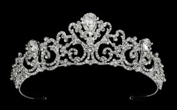 Regal Teardrop Rhinestone Wedding and Quince Tiara